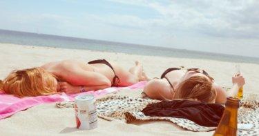 痛い日焼けをした場合の対処法と防止策を解説