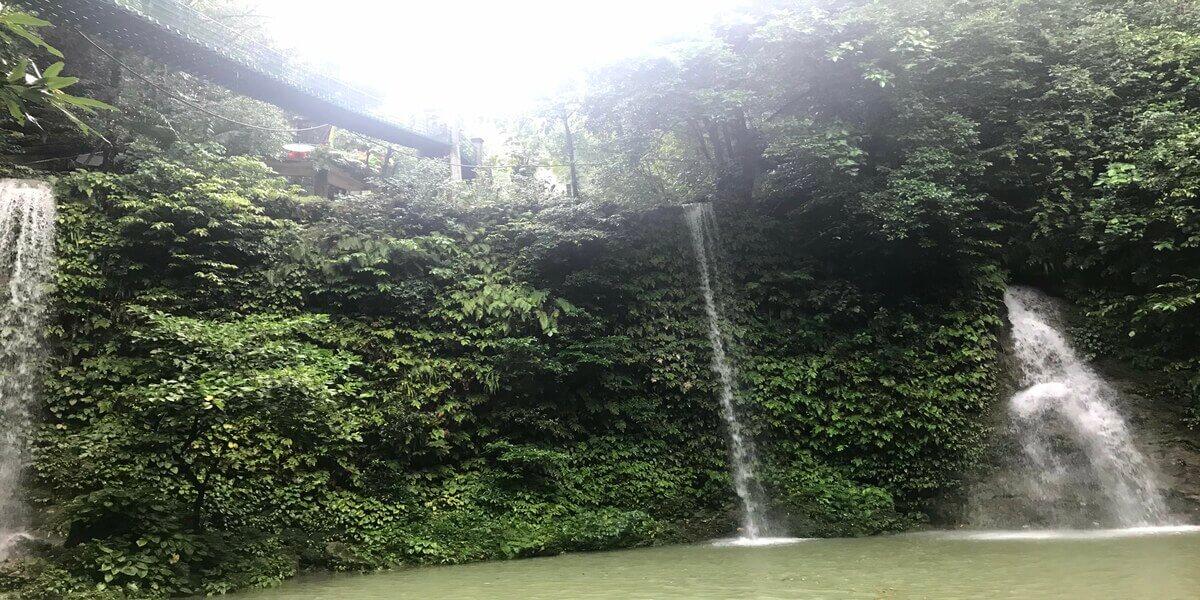 マンタユパン滝